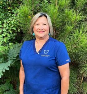 Danice Blagburn: Dental Assistant
